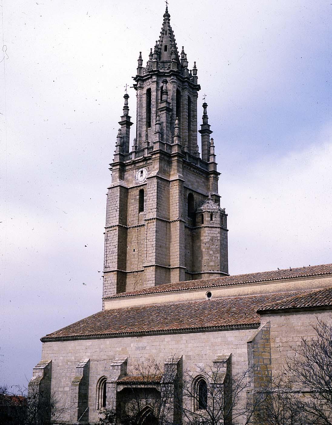 Ampudia-colegiata torre
